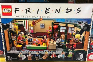 LEGO 21319 Ideas Central Perk Friends Classic Sitcom Tv Series Building Playset